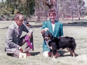 Phoebe winning Winners Bitch under Judge Furman Cunningham at OPASC, Marana AZ, 11 Sep 1993