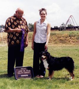 Clover winning Winners Bitch under Judge Ralph Sweet at NAASA, 24 June, 2001
