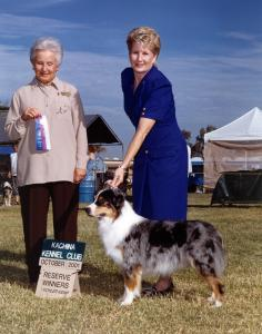 Zoe winning Reserve Winners Bitch at Kachina KC, October 2001.