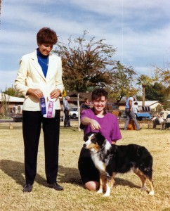 Abbi winning Reserve Winners Bitch under Judge Virginia Borduin at ASCAZ, Tempe, 15 Dec 1991.